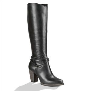 Black Ugg Neoma Riding boot
